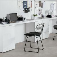 Density-Almofada-Cadeira-banco-Corsin-Preto-Bertoia