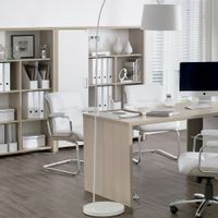 Cadeira-C-bracos-Carvalho-branco-Lavoro