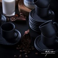 pietra-xicara-cafe-preto-fosco-geo_amb2